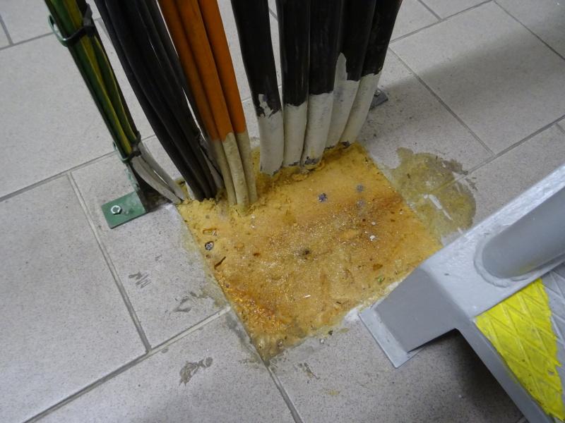 příklad použití montážní pěny jako požární ucpávky